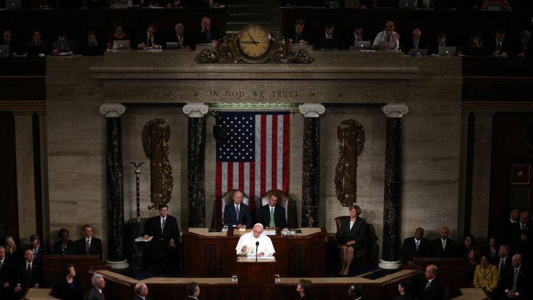 Le pape François s'adresse au Congrès américain à Washington (Etats-Unis), le 24 septembre 2015. (MARK WILSON / GETTY IMAGES NORTH AMERICA / AFP)