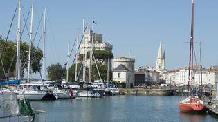 De nombreux habitants de La Rochelle ont ressenti le séisme de magnitude 5, survenu le 28 avril 2016, en Charente-Maritime. (MAXPPP)