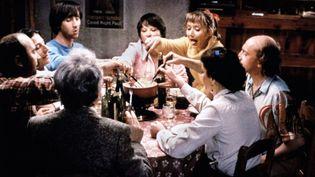Photo tirée du film Les Bronzés font du ski (1979) de Patrice Leconte. (JEAN PIERRE FIZET / COLLECTION CHRISTOPHEL / AFP)