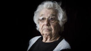 Esther Senot, rescapée ducamps de Auschwitz-Birkenau, ci-contre en 2015. (PHILIPPE DE POULPIQUET / MAXPPP)