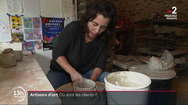 Économie : les artisans attendent les touristes avec impatience