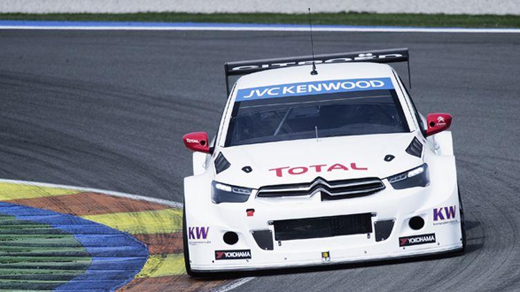 La Citroën C-Elysée prête à se lancer dans le WTCC avec Loeb et Muller