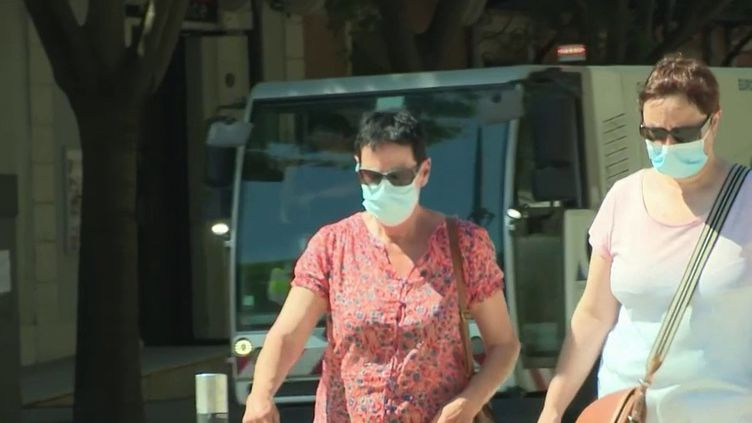 Covid-19 : fin du port du masque obligatoire le 1er juillet ? (France 2)