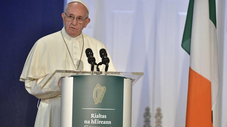 Le pape François lors d'un discours à Dublin (Irlande), le 25 août 2018. (OSSERVATORE ROMANO / AFP)