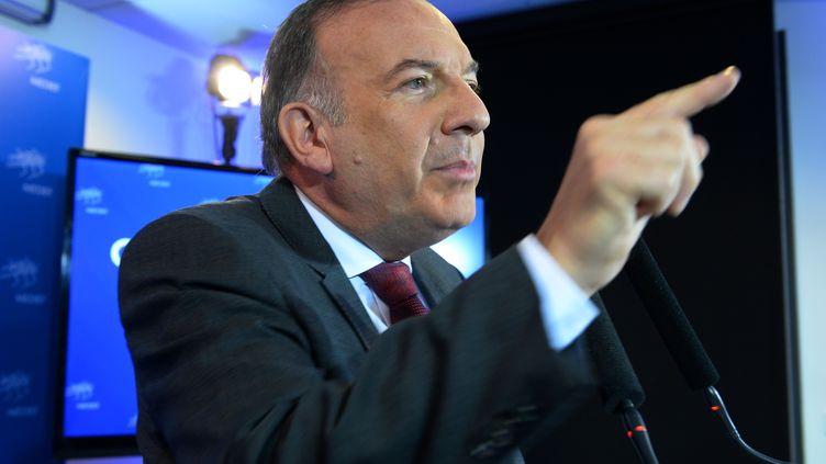 Pierre Gattaz, président du Medef, à Paris, le 18 octobre 2016. (ERIC PIERMONT / AFP)