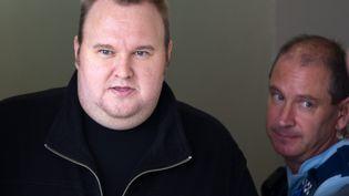 Le fondateur de Megaupload, Kim Dotcom, est relâché sous caution à Auckland (Nouvelle-Zélande),le 22 février 2012. (DAVID ROWLAND / MAXPPP)