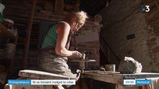 Malgré la crise économique qui découle de la crise sanitaire, certains se décident quand même à relever le défi de la création d'entreprise. (France 3)