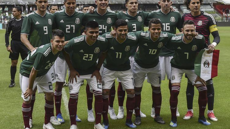 L'équipe de Mexique, le 2 juin 2018 à l'Azteca stadium de Mexico, le 2 juin 2018. (YURI CORTEZ / AFP)