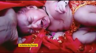 La petite Ganga, enfant abandonnée. (franceinfo)
