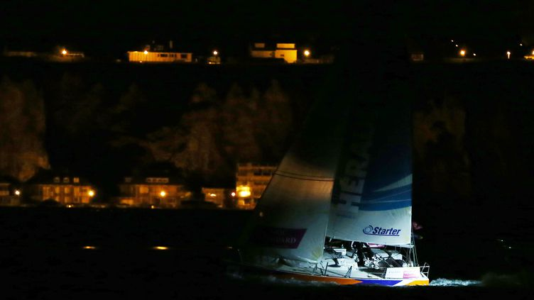 Xavier Macaire (Hérault) arrive à Dieppe (CHARLY TRIBALLEAU / AFP)