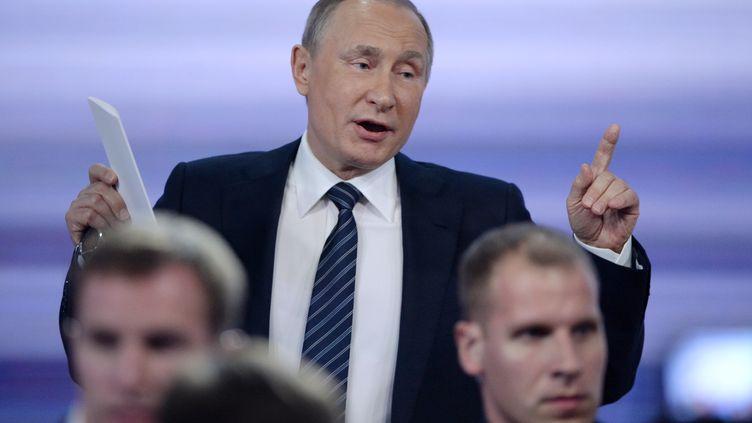 Le président russe Vladimir Poutine lors de sa conférence de presse annuelle, jeudi 17 décembre 2015, à Moscou. (NATALIA KOLESNIKOVA / AFP)