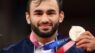 Le judoka françaisLuka Mkheidze, médaillé de bronze chez les moins de 60kg lors du tournoi olympique des Jeux de Tokyo, samedi 24 juillet 2021. (FRANCK FIFE / AFP)