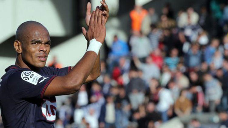 Le défenseur de Bordeaux, Henrique