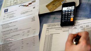 Calcul des frais bancaires. (Photo d'illustration) (MAXPPP)