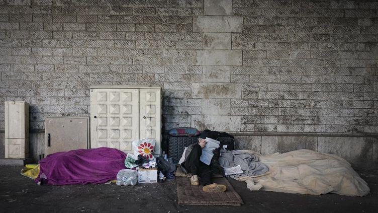 La crise sanitaire a fragilisé 30% de Français qui ne peuvent pas se nourrir correctement trois fois par jour, mais 65% des Français se disent prêts à aider. (Illustration) (ARIE BOTBOL / HANS LUCAS / AFP)