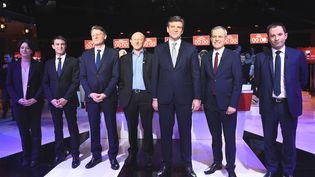 Sylvia Pinel, Manuel Valls, Vincent Peillon, Jean-Luc Bennahmias, Arnaud Montebourg, François de Rugy et Benoît Hamon, le 15 janvier 2017, avant le deuxième débat télévisé. (BERTRAND GUAY / AP / SIPA)