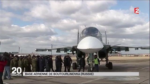 Les premiers bombardiers russes ont fait leur retour de Syrie