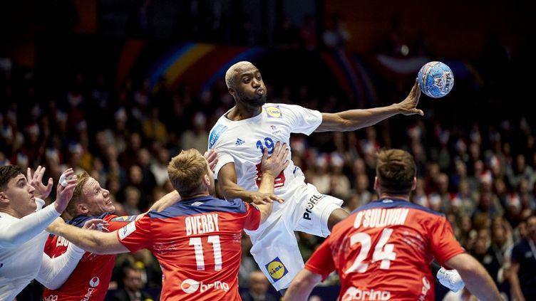 Luc Abalo lors de la dernière rencontre France - Norvège aux éliminatoires de l'Euro 2020 (OLE MARTIN WOLD / NTB SCANPIX)