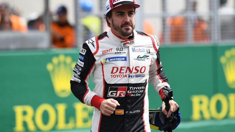 Fernando Alonso lors des 24h du 2018 (AFP) (FRED TANNEAU / AFP)