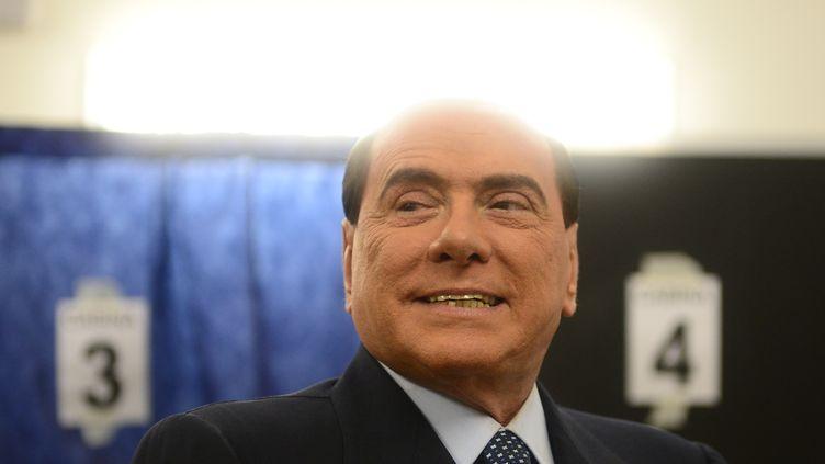 L'ancien Premier ministreSilvio Berlusconi à Milan (Italie), le 24 février 2013. (OLIVIER MORIN / AFP)