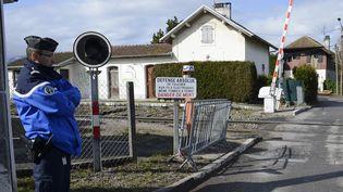 Le passage à niveau d'Allinges (Haute-Savoie), le 2 juin 2008. (PHILIPPE DESMAZES / AFP)