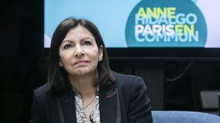 La maire de Paris et candidate à sa succession Anne Hidalgo lors d'une conférence de presse, le 5 mars 2020. (VINCENT ISORE / MAXPPP)