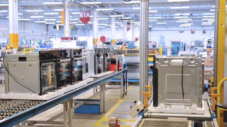 L'usine FagorBrandt de Saint-Jean-de-la-Ruelle (Loiret), le 19 décembre 2013. (GUILLAUME SOUVANT / AFP)