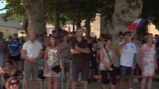 Des habitants d'un petit village de Dordogne ont suivi avec passion la finale des Bleus. (FRANCE 3)