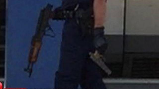 Un suspect lourdement armé