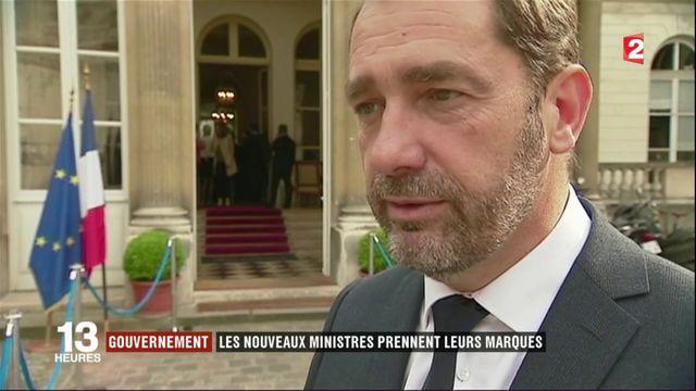 Gouvernement : les nouveaux ministres prennent leurs marques