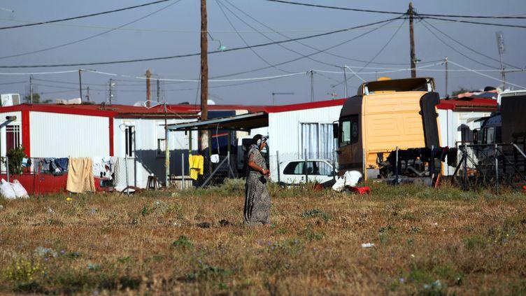"""Le camp Rom de Farsala, en Grèce, où Maria """"l'Ange blond"""" avait été découverte en 2013 (SAKIS MITROLIDIS / AFP)"""
