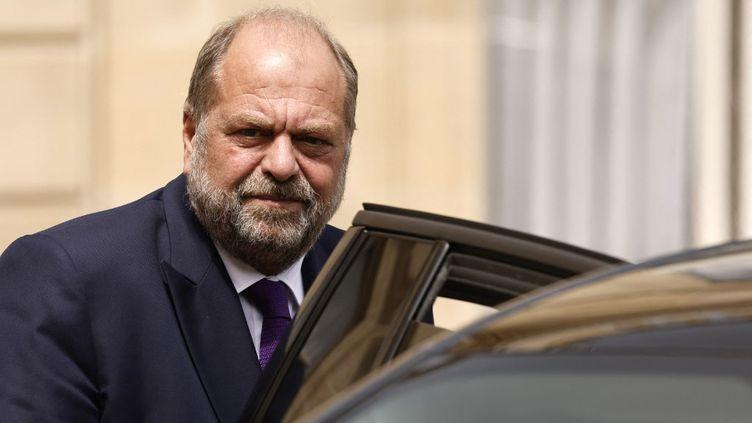 Le ministre de la Justice, Eric Dupond-Moretti quitte l'Elysée, à Paris, le 7 juillet 2021. (LUDOVIC MARIN / AFP)