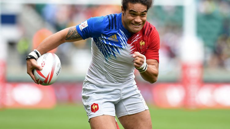 Le rugbyman tricolore Pierre-Gilles Lakafia (OLLY GREENWOOD / AFP)