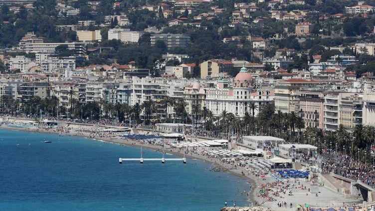 Une vue de la Promenade des Anglais à Nice le 17 juillet 2016. (VALERY HACHE / AFP)