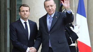 Le président français Emmanuel Macron reçoit son homologue turcRecep Tayyip Erdogan à l'Elysée, le 5 janvier 2018. (LUDOVIC MARIN / AFP)