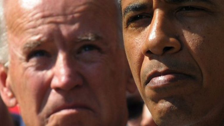 Barack Obama, avec le vice-président Joe Biden à la Maison-Blanche, le 12 septembre 2011 (AFP/MANDEL NGAN)