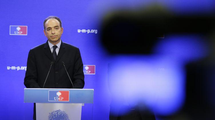 Le président de l'UMP, Jean-François Copé, lors d'une conférence de presse au siège de son parti, le 26 novembre 2012. (KENZO TRIBOUILLARD / AFP)