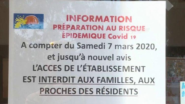 Jeudi 12 mars, l'épidémie de Covid-19 continue de se développer en France. Parmi les dernières mesures annoncées mercredisoir, les Ehpad sont maintenant à l'isolement et les visites sont interdites. (France 3)