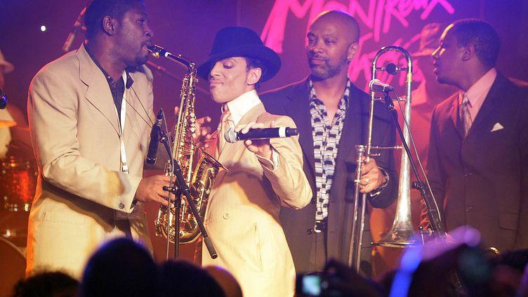 Le chanteur américain Prince au festival de jazz de Montreux (Suisse), le 17 juillet 2007. (FABRICE COFFRINI / AFP)
