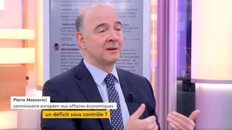 """Invité de Jean-Paul Chapel dans """":L'éco"""" jeudi 18 mai, Pierre Moscovici, commissaire européen aux affaires économiques, réagit à l'annonce de la nomination du gouvernement d'Edouard Philippe. (FRANCEINFO)"""