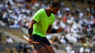 Rafael Nadal face à Diego Schwartzman. (CHRISTOPHE ARCHAMBAULT / AFP)