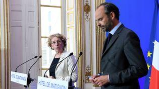 Muriel Pénicaud, ministre du Travail et Edouard Philippe, Premier ministre, présentent lors d'une conférence de presse la réforme du Code du travail, le 6 juin 2017. (ALAIN JOCARD / AFP)