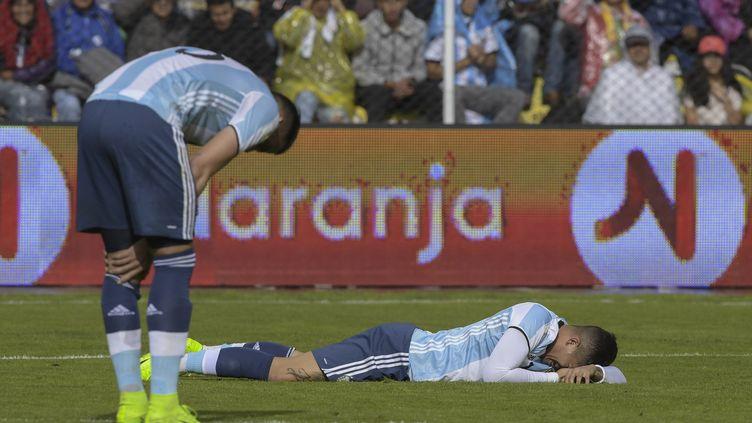 Marcos Rojo et Mateo Musacchio dépités (JUAN MABROMATA / AFP)