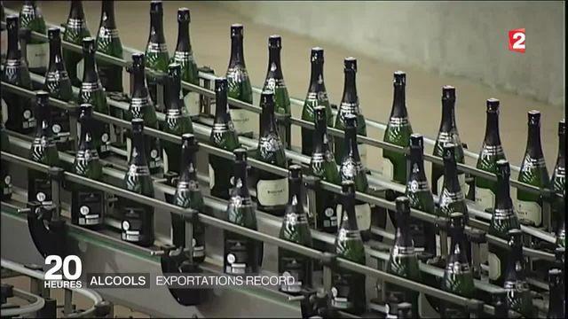 Exportations : champagne et cognac à la fête