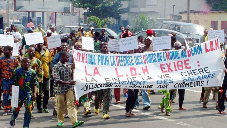 Manifestation dans les rues de Cotonou contre la vie chère (CHRISTIAN-ERIC AHONOU / AFP)