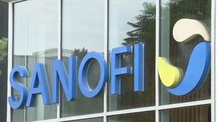 Covid-19 : Sanofi peut-il fabriquer les vaccins de ses concurrents ? (France 2)