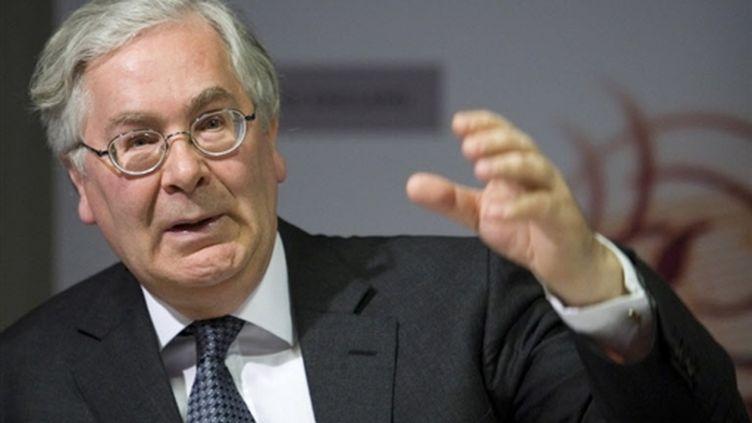 Mervyn King, gouverneur de la Banque d'Angleterre, juge injustifiable les sommes perçues pas certains banquiers (© AFP - Chris Ratcliffe)