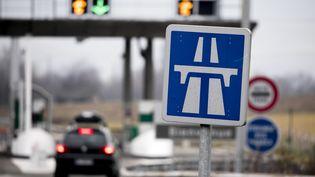 Vinci, comme toutessociétés d'autoroutes, a vocation à demander le paiement d'une prestation tarifée fixée par décret (photo d'illustration). (VINCENT ISORE / MAXPPP)
