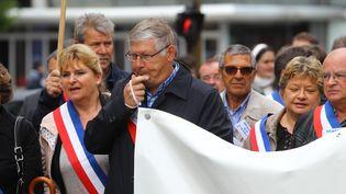 Manifestation de maires à Amiens (Somme), le 18 septembre 2015. (  MAXPPP)