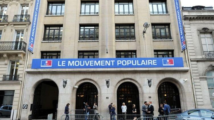 Siège de l'UMP, rue de la Boétie à Paris (AFP PHOTO / LIONEL BONAVENTURE)